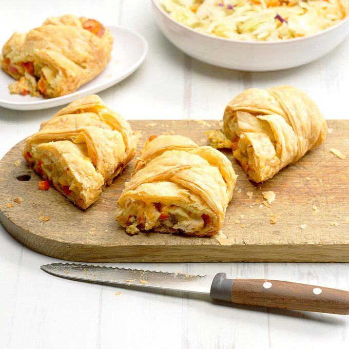 Turkey And Broccoli Pastry Braid Exps Sddj18 132596 B08 08 1b 5