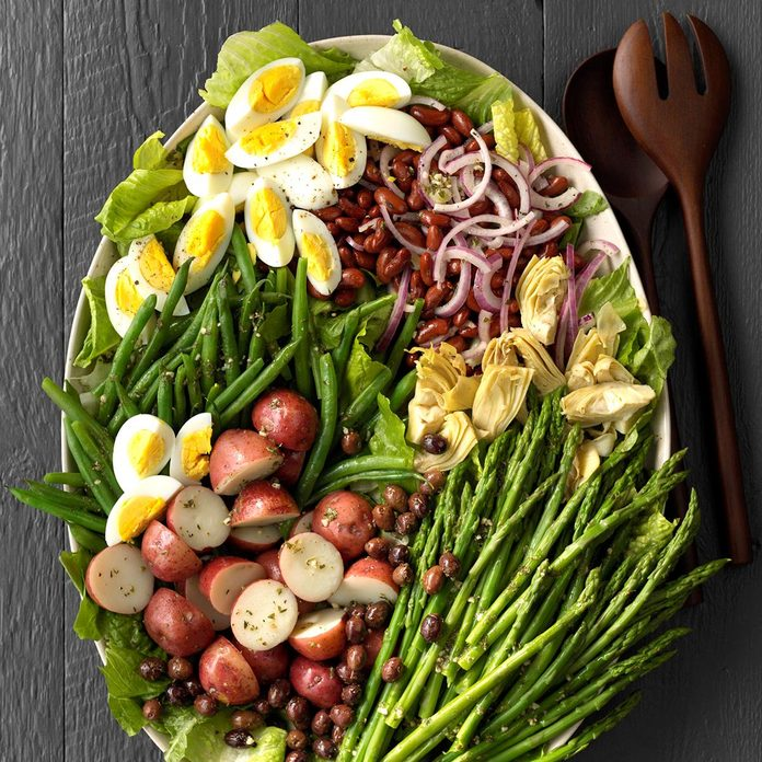 Veggie Nicoise Salad Exps Lsbz18 133577 C01 19 5b 5