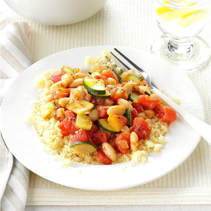 White Beans And Veggies With Couscous Exps38400 Sd143206b04 01 4bc Rms 3