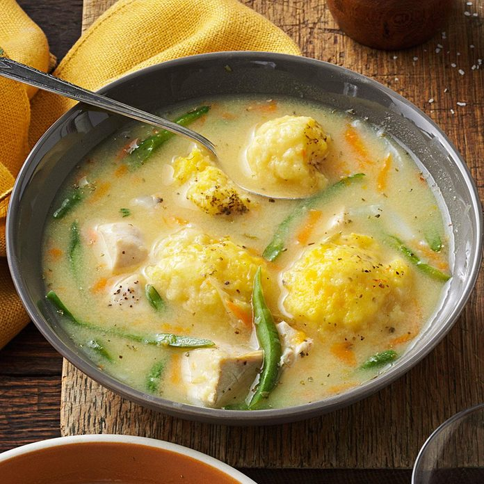 Yummy Chicken And Dumpling Soup Exps34551 Th132767d05 10 4bc Rms 3