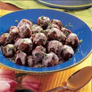 Meatballs with Cream Sauce