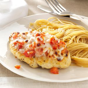 Bruschetta-Topped Chicken & Spaghetti