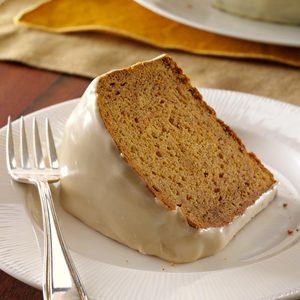 Gingersnap-Crusted Sweet Potato Cake