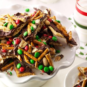 Chocolate, Peanut & Pretzel Toffee Crisps