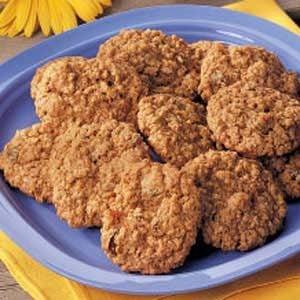 Golden Raisin Oatmeal Cookies