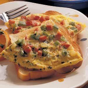 Western Omelet Sandwich