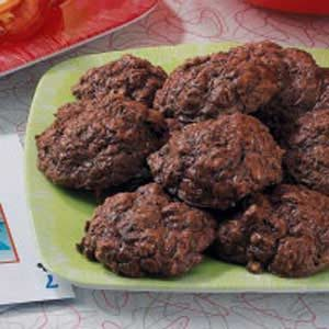 Quick and Chewy Brownie Cookies