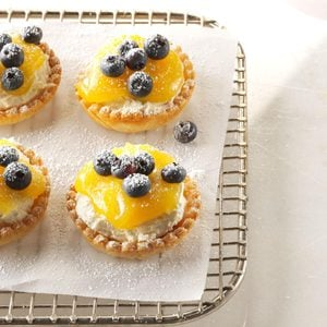 Lemon Cheesecake Tarts