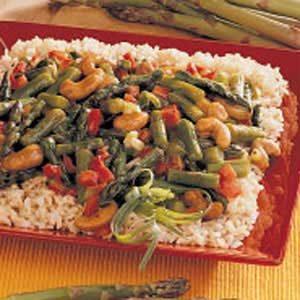 Asparagus Cashew Stir-Fry