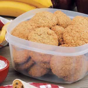 Grandma's Chewy Oatmeal Cookies