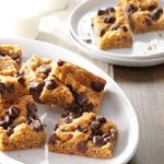 Oatmeal Chocolate Chip Peanut Butter Bars
