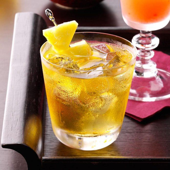 Pear-Apple Cocktail