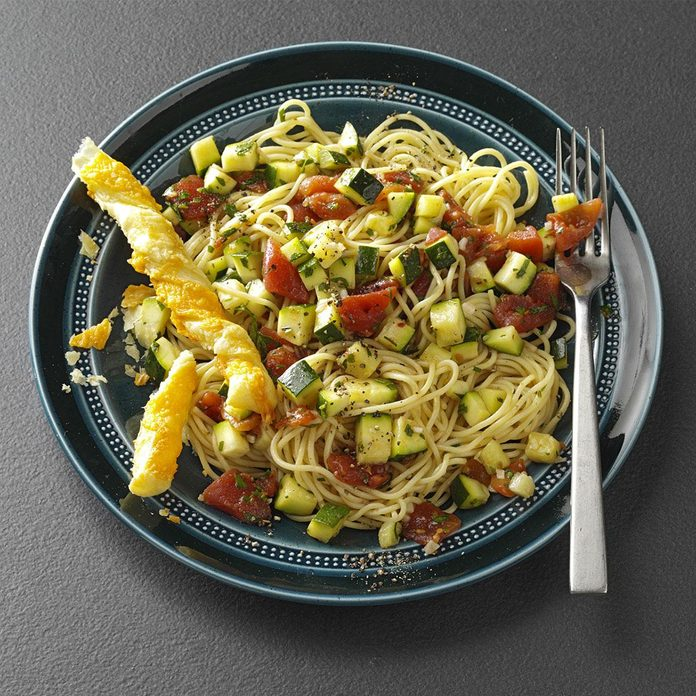 Zippy Zucchini Pasta