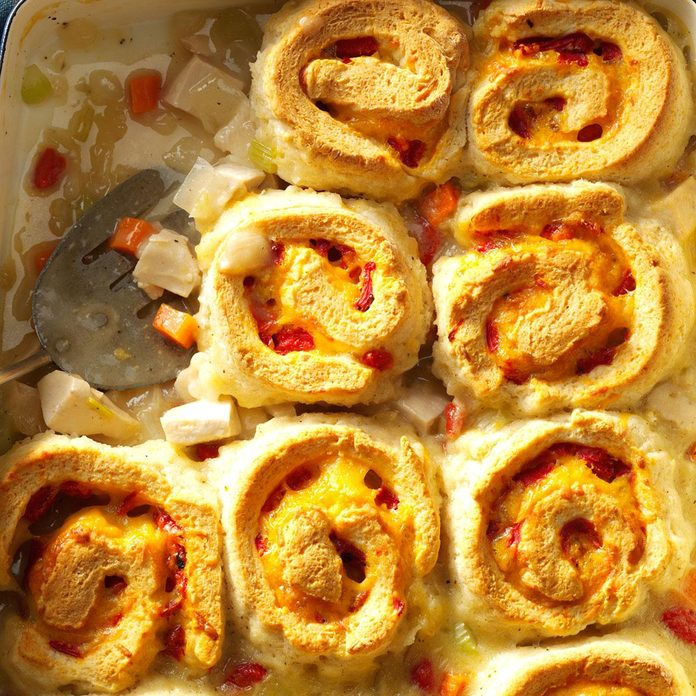Chicken & Cheddar Biscuit Casserole