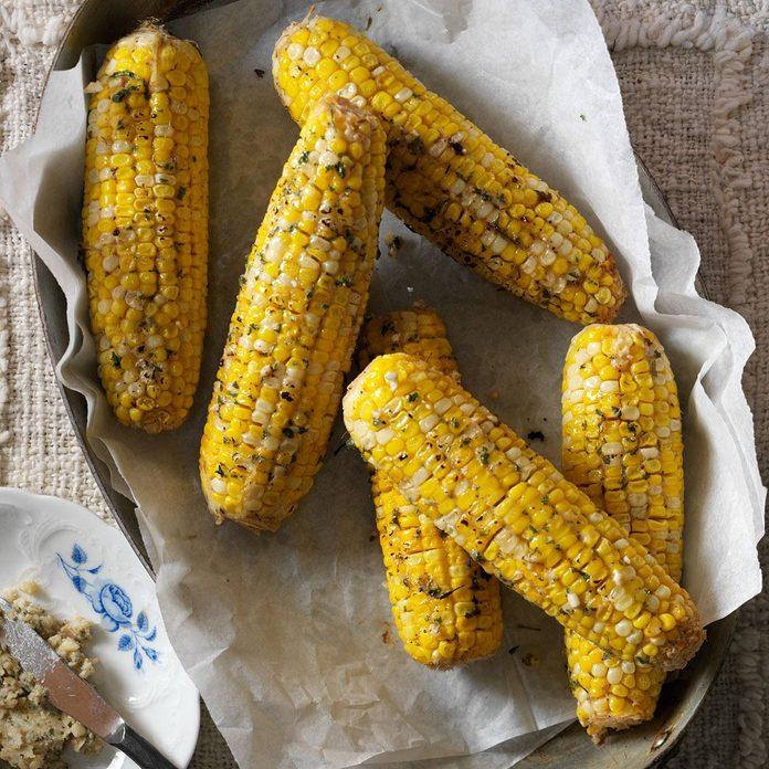 Buttery Horseradish Corn on the Cob