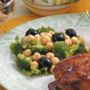 Broccoli Garbanzo Salad