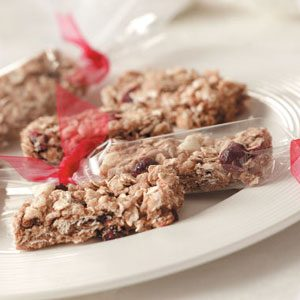 White Chocolate Cranberry Granola Bars