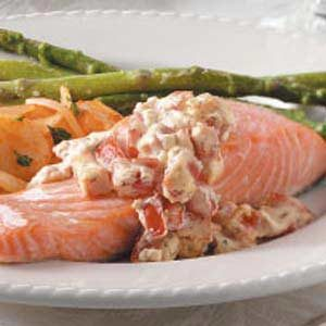 Salmon with Tomato-Dill Sauce