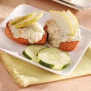 Blue Cheese Crostini