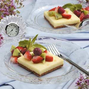 Cheesecake Dessert Squares