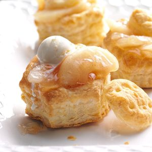 Puffed Apple Pastries