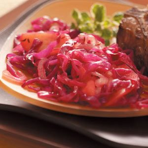 Low-Sodium Red Cabbage with Apples