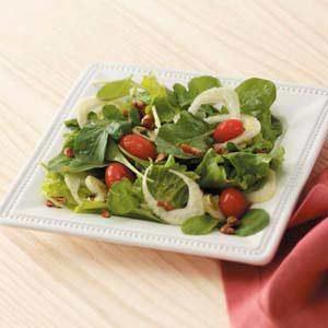 Arugula Salad with Sugared Pecans