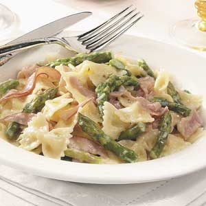 Bow Ties with Asparagus and Prosciutto