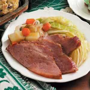 Slow Cooker Corned Beef Supper