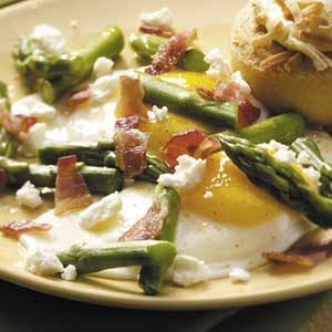 Eggs with Feta and Asparagus