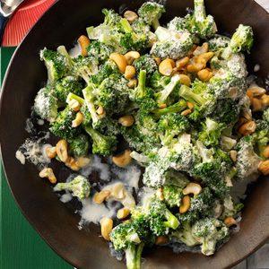Creamy Broccoli with Cashews