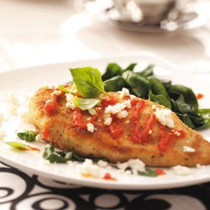 Chicken with Red Pepper Sauce and Spinach