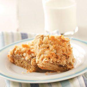 Macadamia Toffee Snack Cake