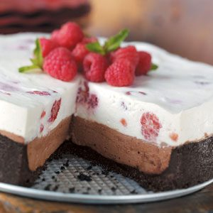 Raspberry Chocolate Cheesecake
