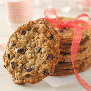 Chocolate Chip Cherry Oatmeal Cookies