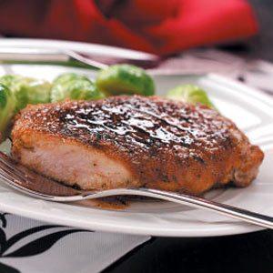 Quick Apple-Glazed Pork Chops