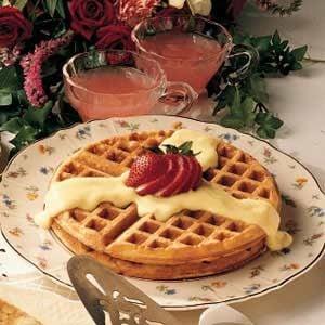 Waffles with Vanilla Sauce
