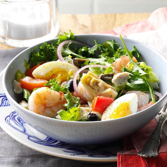 Cioppino-Mixed Green Salad