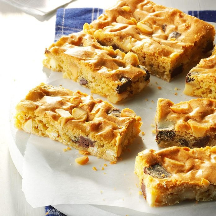 January 22: National Blonde Brownie Day