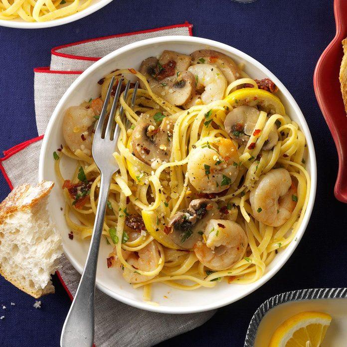 Lemony Shrimp & Mushroom Linguine