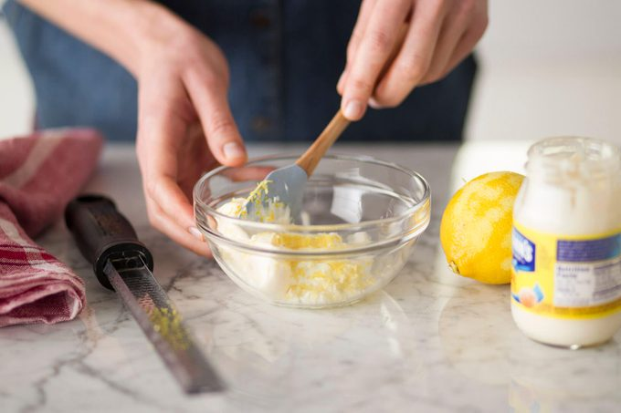Making lemon aioli
