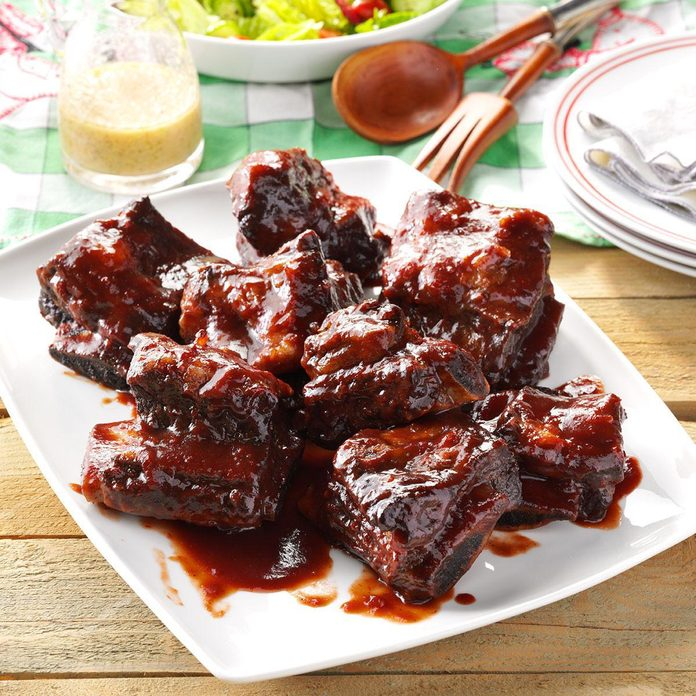 Instant Pot Barbecued Beef Ribs