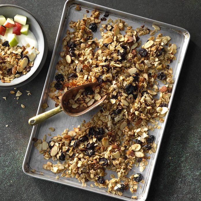 Slow Cooker Coconut Granola Exps Edsc18 207065 C03 21 1b 7