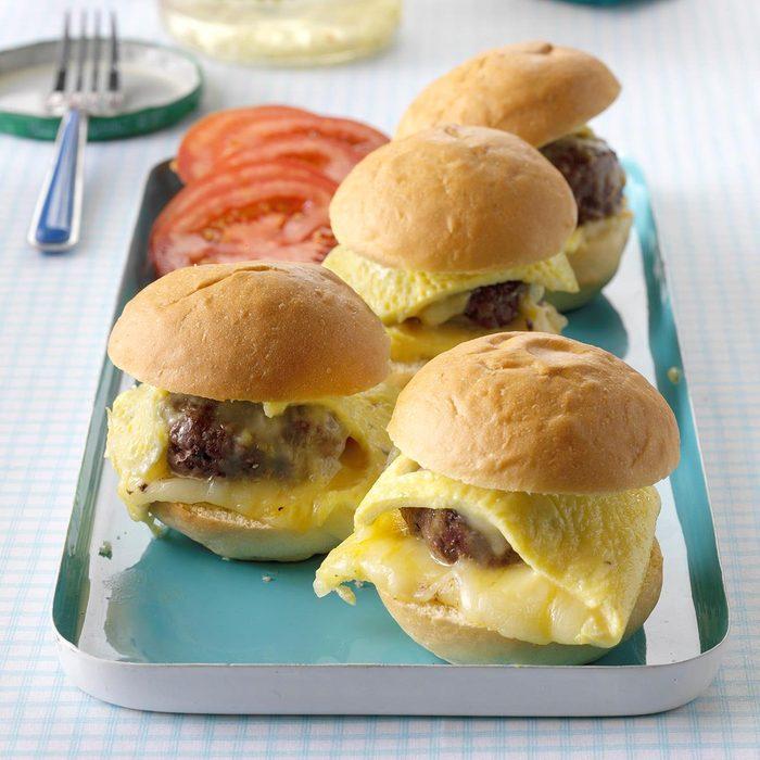 Cheeseburger Omelet Sliders Exps Hca18 68258 B09 29 4b