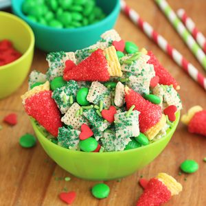 Merry Grinch Mix from Chex