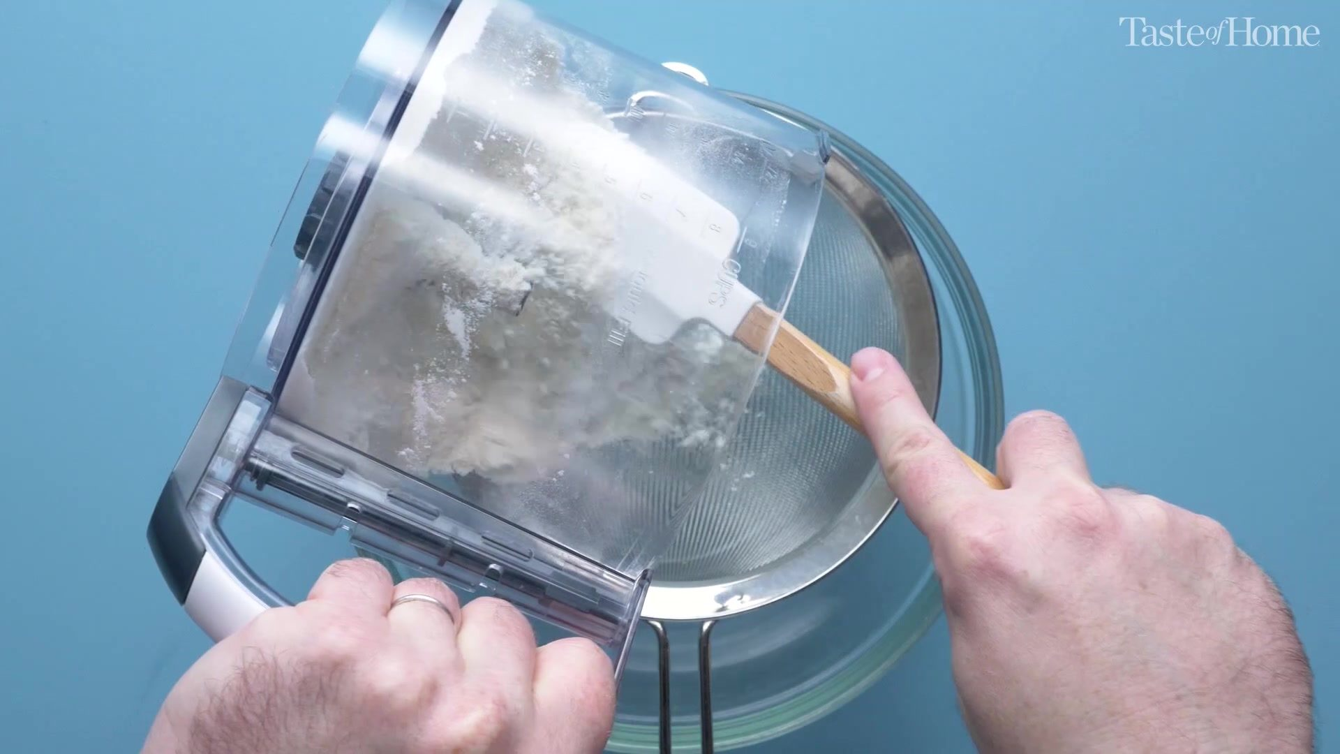 Macaron almond flour and confectioner sugar mixture