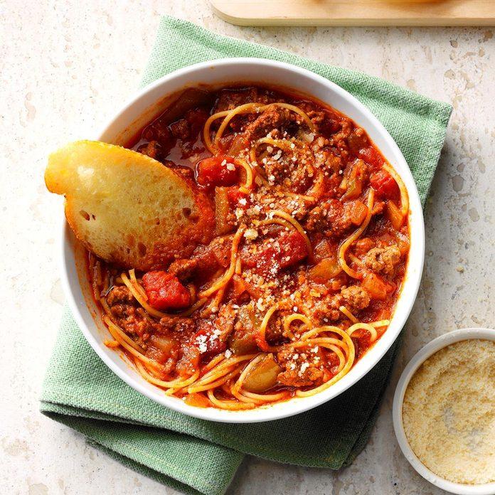 Ground Beef Spaghetti Skillet Exps Sdfm19 177728 C10 18 1b 7