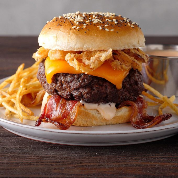 Bacon Cheeseburgers with Fry Sauce