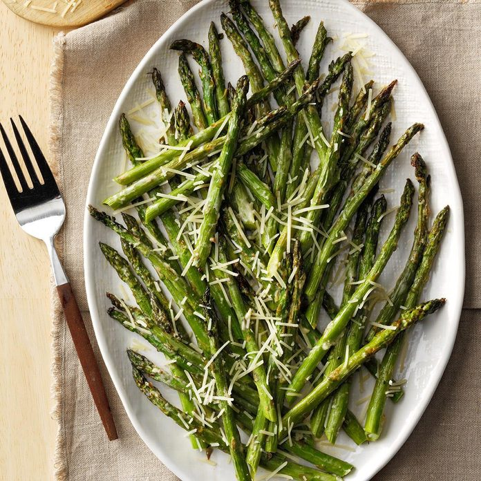 Lemon Parmesan Broiled Asparagus Exps Tham19 213862 E11 09 6b 3