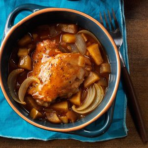 Pressure-Cooker Autumn Apple Chicken